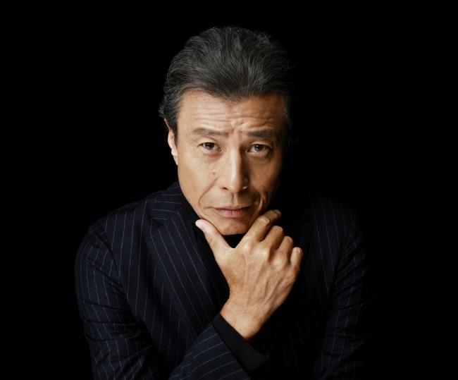 舘ひろし氏